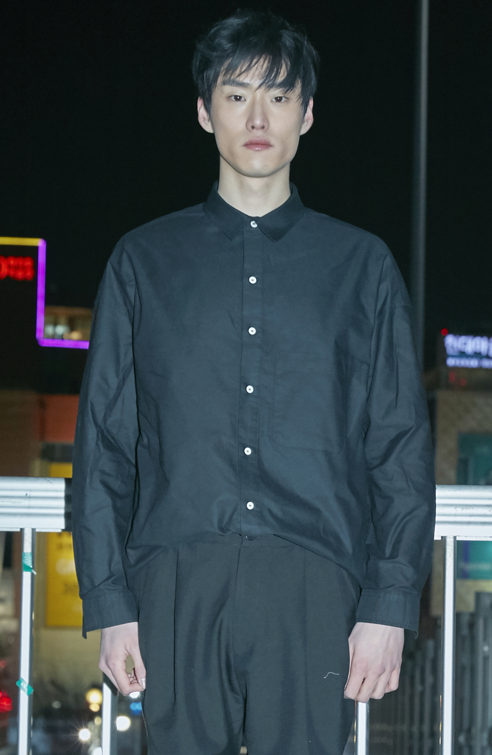 Overfit Oxford shirt Black